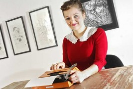 Portraits with a typewriter - thumbnail_1