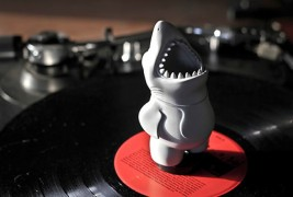 Chums vinyl toy - thumbnail_2