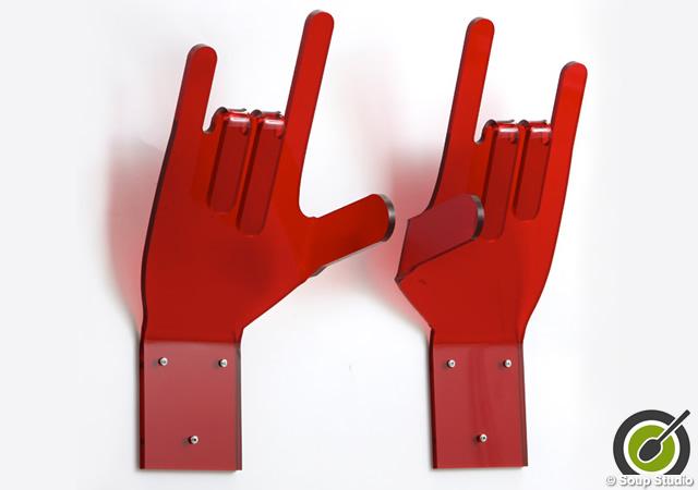 Umberto and Luisa hangers
