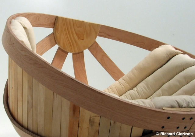 Cradle Rocking Chair   Thumbnail_6