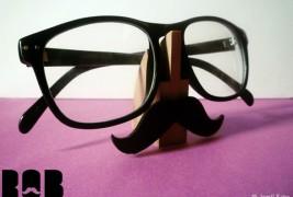 Rob eyeglass stand - thumbnail_1