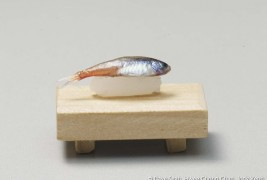 The world's smallest sushi - thumbnail_6