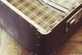 Suitcase desk - thumbnail_2