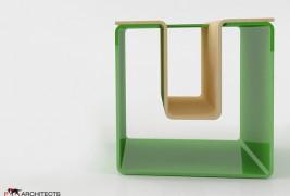 UN stool - thumbnail_3