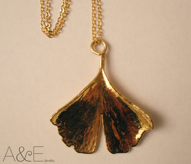 Ginkgo biloba leaf pendant