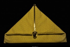 Simone Rainer triangle clutch - thumbnail_4