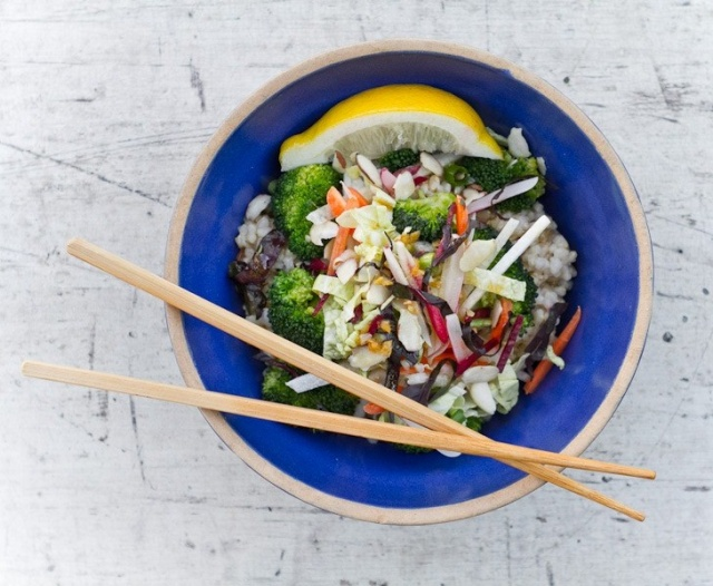 Asian rice and vegatable bowl | Image courtesy of A Couple Cooks