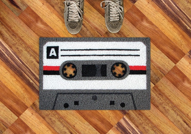 Tape doormat | Image courtesy of Meninos