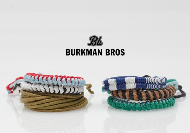 Bracciali in tessuto | Image courtesy of Burkman Bros