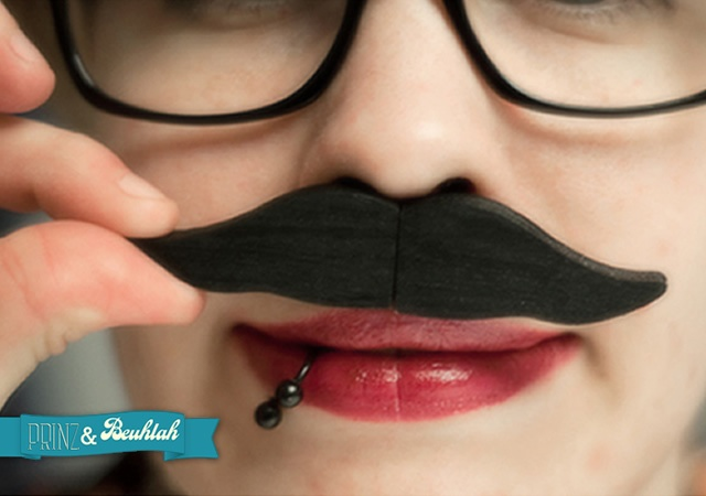 USB Moustache | Image courtesy of Prinz &amp; Beuhlah