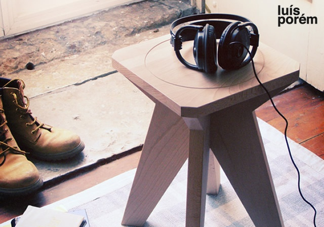 Zero stool | Image courtesy of Luis Porem