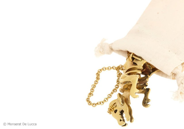 T-rex necklace | Image courtesy of Monserat De Lucca