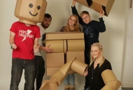 Cardboard Lego man - thumbnail_3