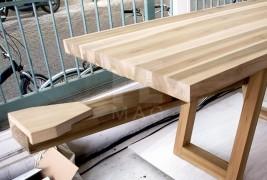 The courtesy table - thumbnail_5