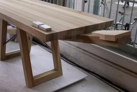 The courtesy table - thumbnail_6