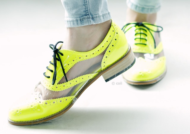 Fluo derby shoes | Image courtesy of Coii