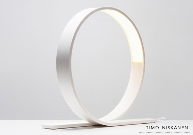 Loop lamp | Image courtesy of Timo Niskanen