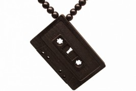 Cassette wood necklace - thumbnail_2