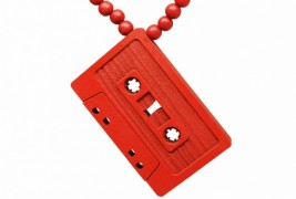 Cassette wood necklace - thumbnail_3