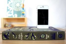 Book design iPhone chargers - thumbnail_2