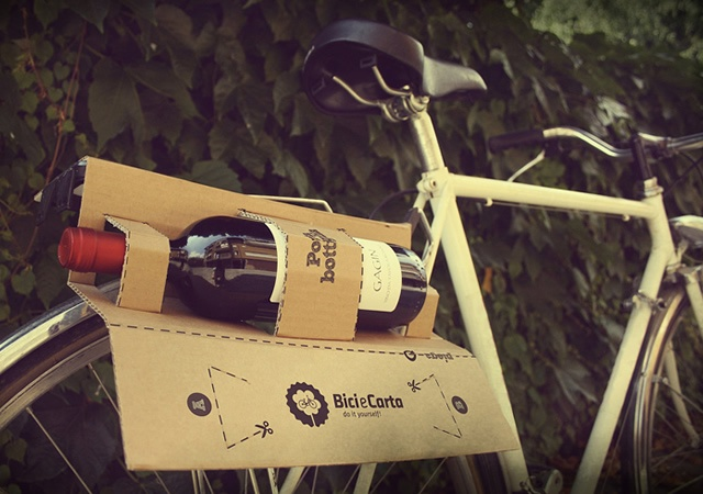 Bike and Paper | Image courtesy of Francesca Ghigo