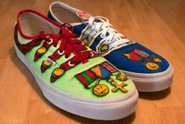 Carl Medley III customized sneakers - thumbnail_2