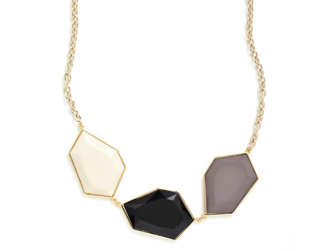 Quartz necklace | Image courtesy of Modcloth