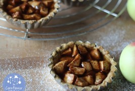 Apple jelly mini pie