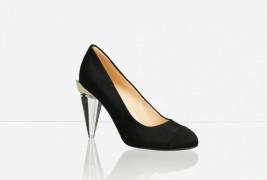 The Little Black Shoe - thumbnail_2