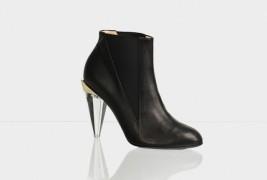 The Little Black Shoe - thumbnail_4