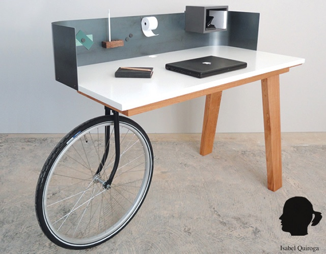 Urban Nomad desk | Image courtesy of Isabel Quiroga
