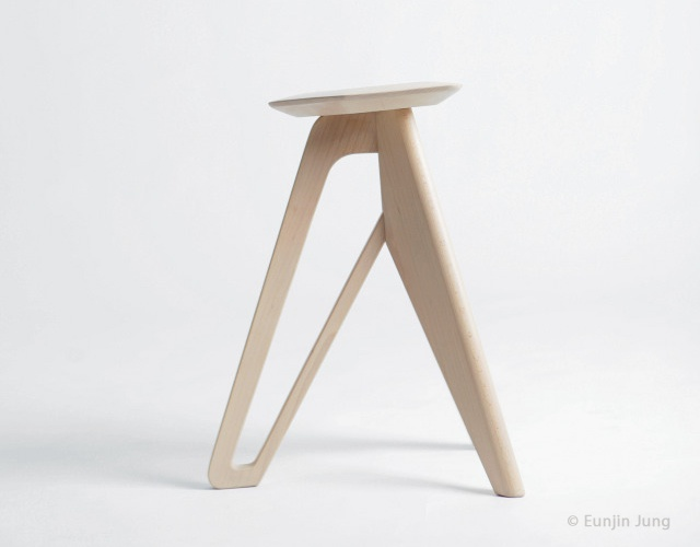 Tripod stool by Eunjin Jung | Image courtesy of Eunjin Jung