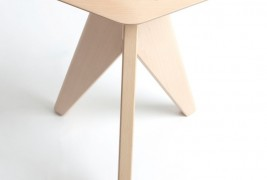 Tripod stool by Eunjin Jung - thumbnail_2