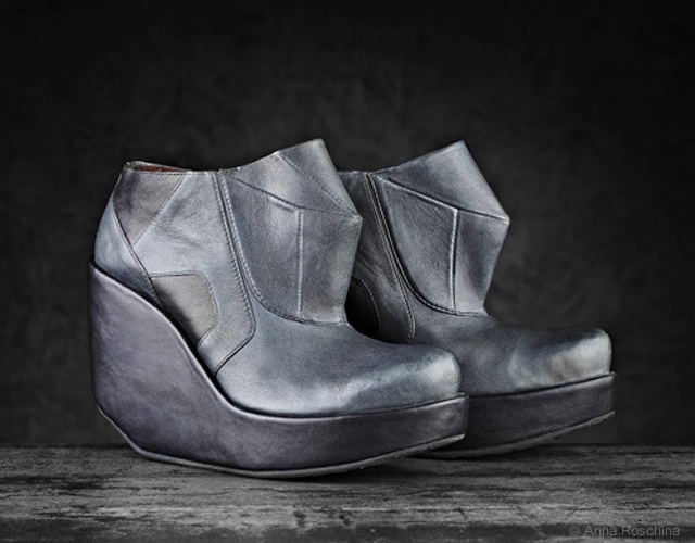 Entropy footwear by Anna Roschina | Image courtesy of Anna Roschina