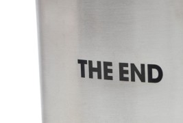 The End flask - thumbnail_3