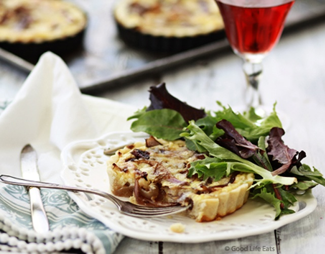 Caramelized onion quiche | Image courtesy of Good Life Eats