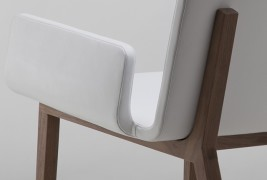 Enfold lounge chair - thumbnail_4