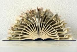 Veska Abad Paper Sculpture - thumbnail_1
