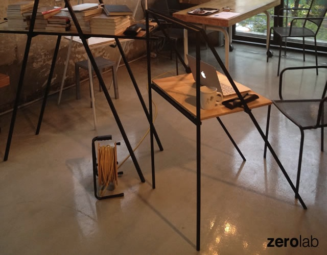 A desk | Image courtesy of ZeroLab