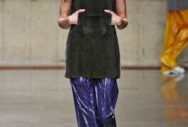 J.W. Anderson fall/winter 2013 - thumbnail_4