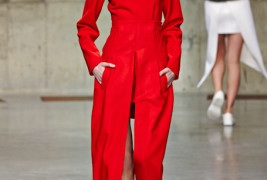 J.W. Anderson fall/winter 2013 - thumbnail_7