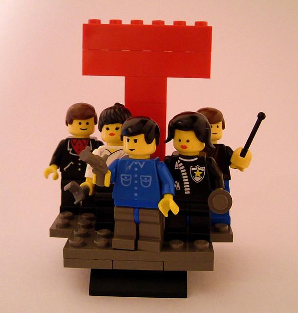 100 custom LEGO minifigs - Photo 88