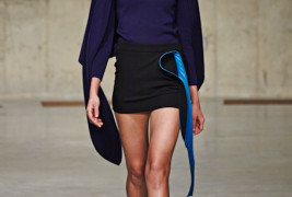 J.W. Anderson fall/winter 2013 - thumbnail_8