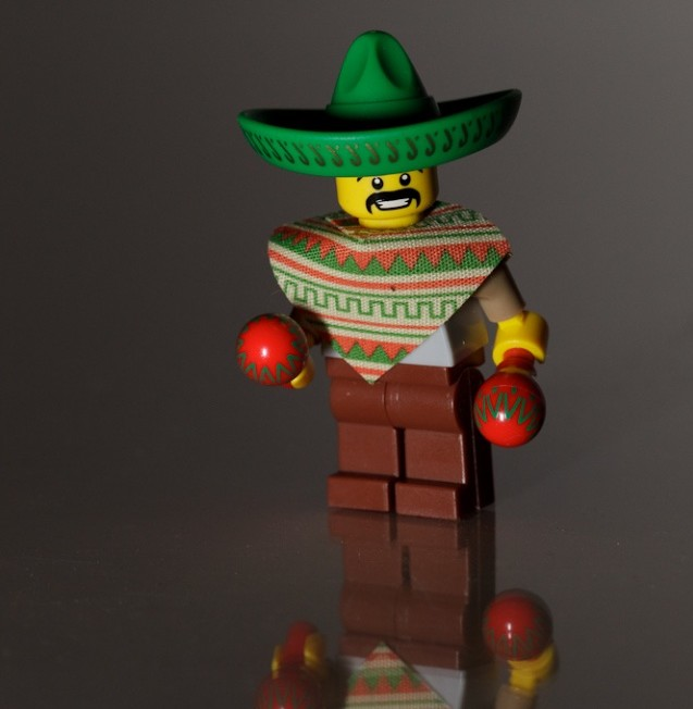 100 custom LEGO minifigs - Photo 90