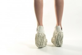 Porcelain shoes by Laura Papp - thumbnail_1