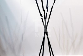 Modified coat hanger - thumbnail_3