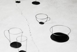 Thin Black vase by Nendo - thumbnail_4