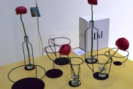 Thin Black vase by Nendo - thumbnail_6
