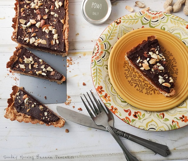 Peanut Butter Chocolate Tart | Image courtesy of Sunday Morning Banana Pancakes