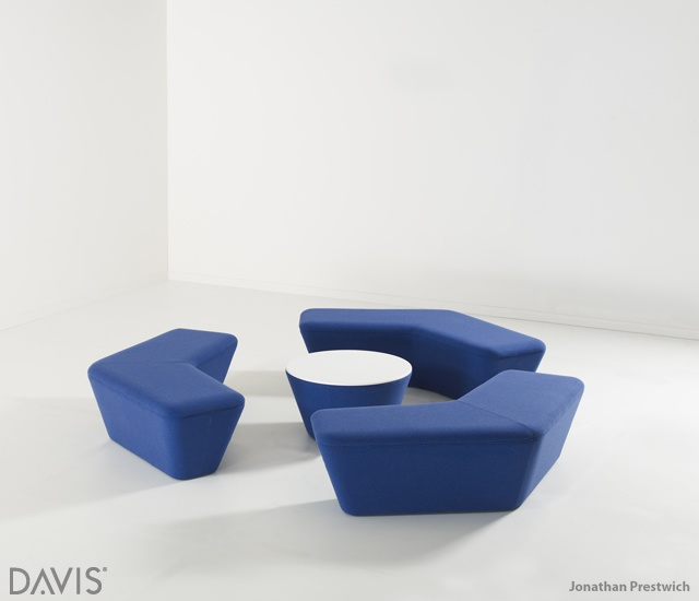 Q5 lounge series | Image courtesy of Davis, Jonathan Prestwich